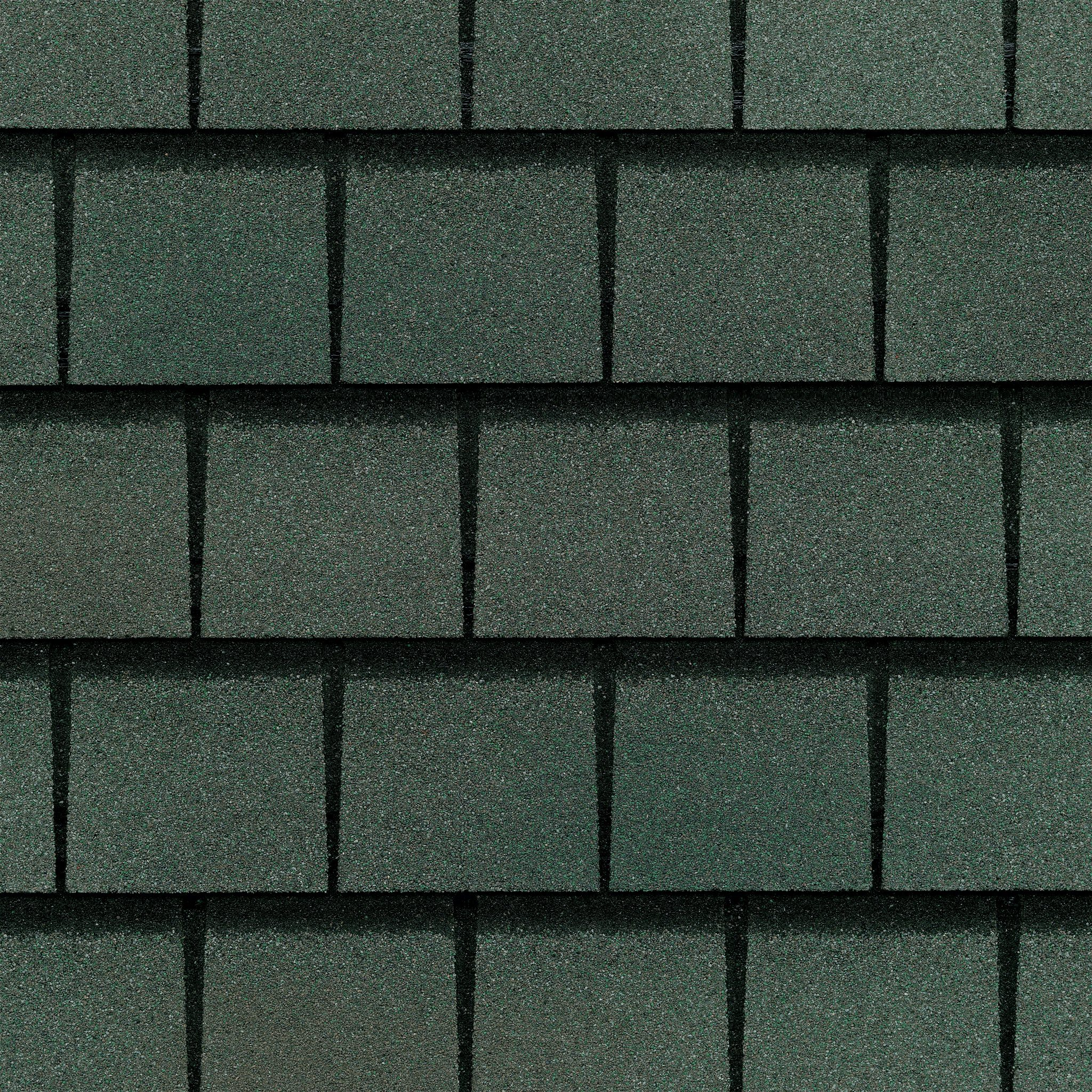 Close up photo of GAF's Slateline Emerald Green shingle swatch