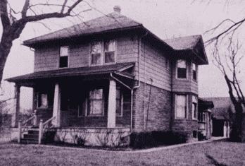 1913 Glenview Farmhouse