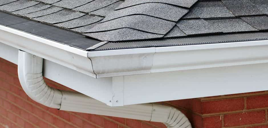 The RGG Miter Connector is used to create a functional yet aesthetically pleasing transition on all outside corners.