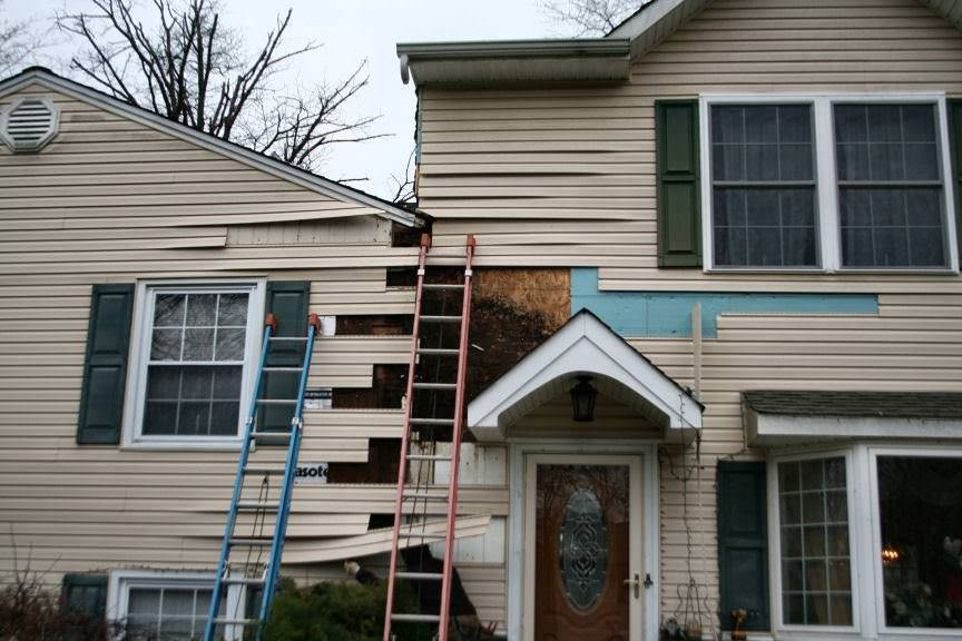 Siding Replacement Services? Leave it to the experts - A.B. Edward Enterprises, Inc. (847) 827-1605