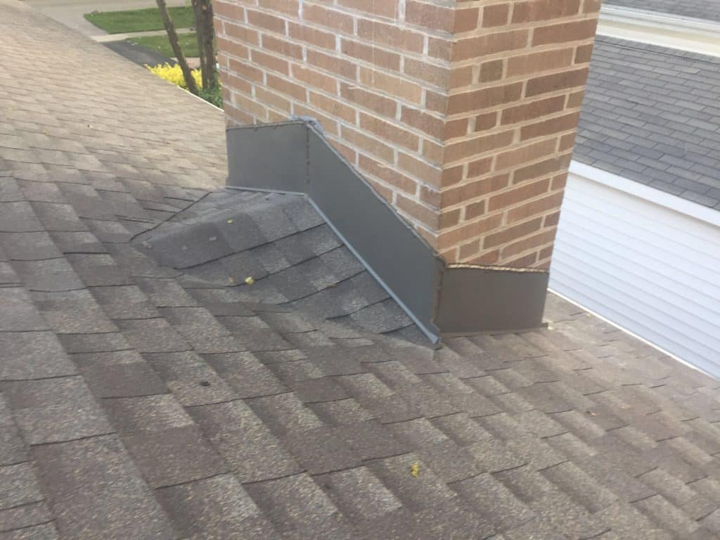 Get your roof inspected Chicagoland (847) 827-1605