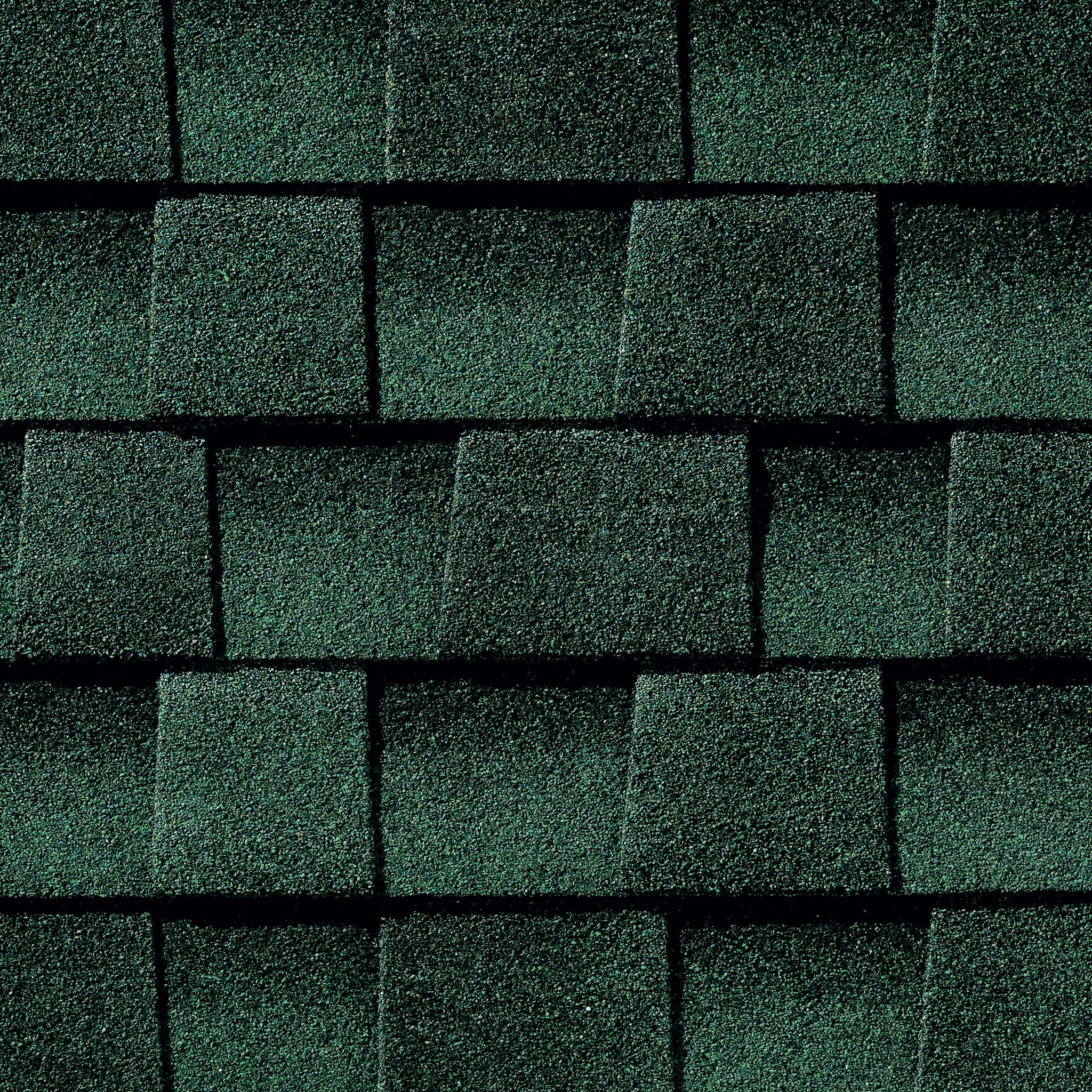 Close up photo of GAF's Timberline Ultra HD Hunter Green shingle swatch
