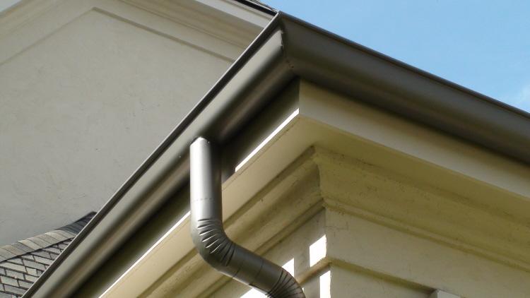 Aluminum Half-Round Gutter System