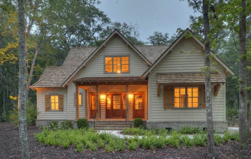 James Hardie Siding Artisan Lap siding and Artisan Accent Trim residential luxury home