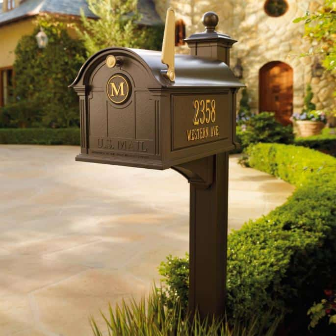 Balmoral Personalized Mailbox